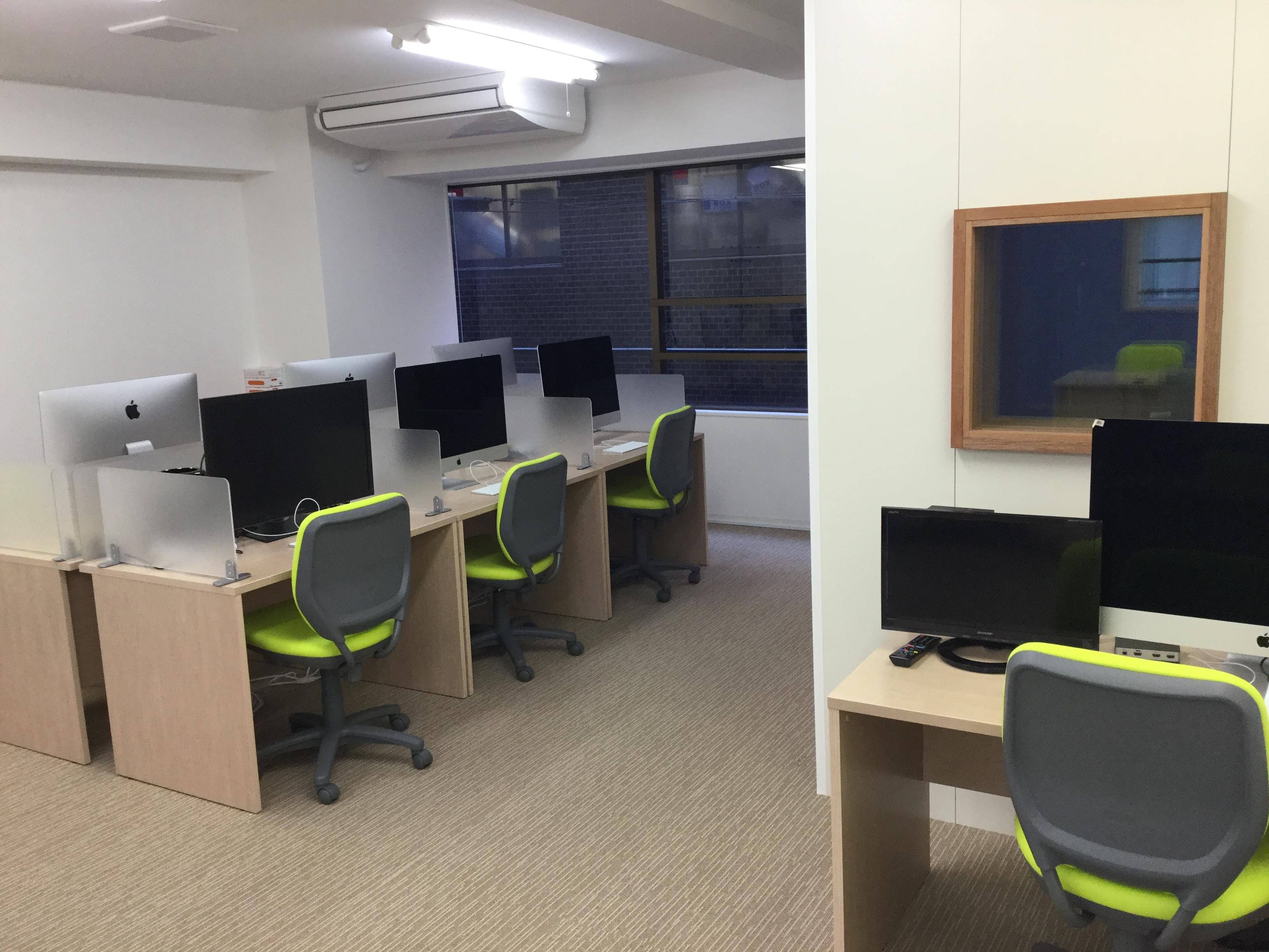 新宿にあるネット動画スタジオ Do-Ga Editing Room