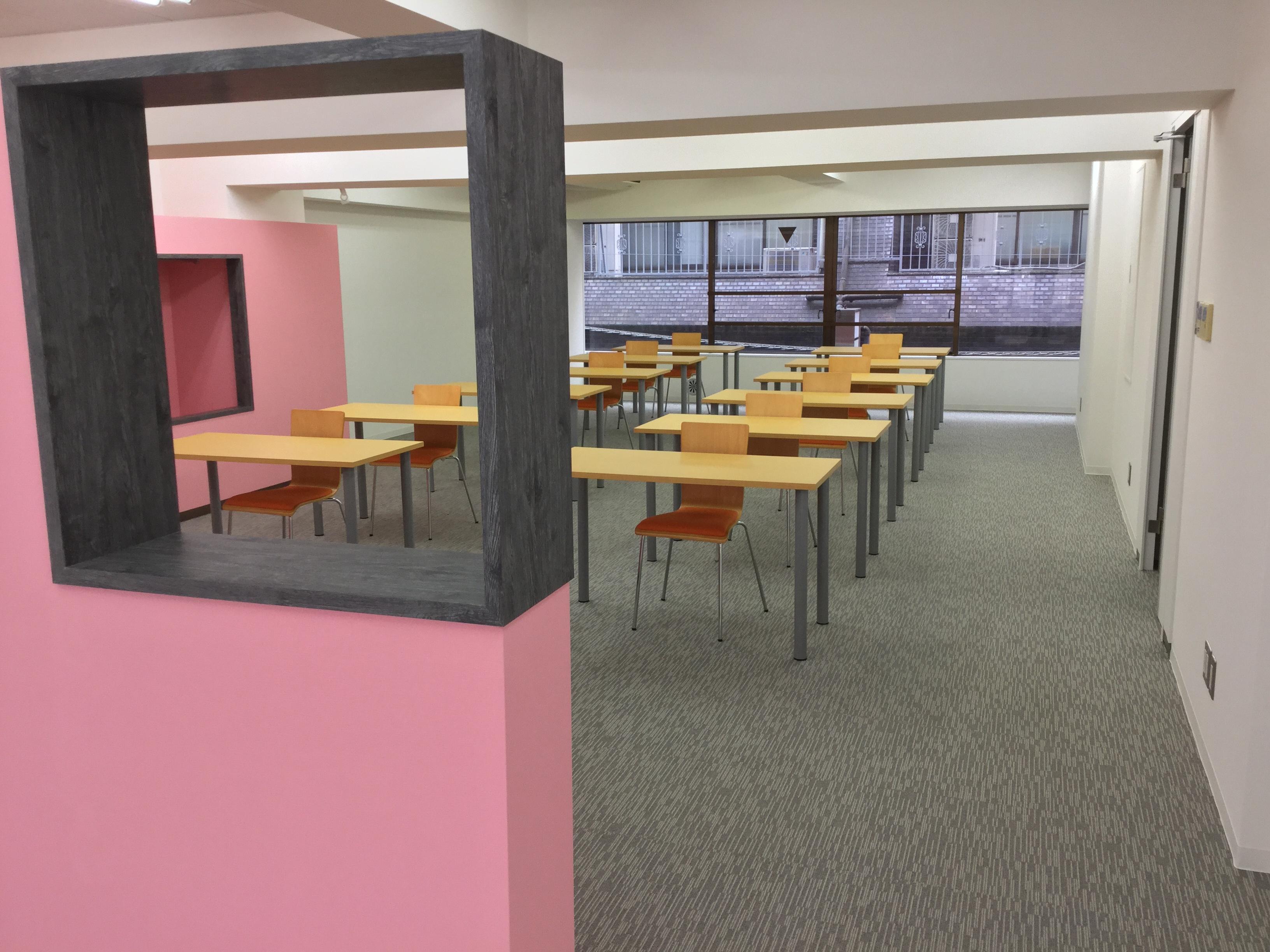 新宿にあるネット動画スタジオDo-GaのSeminar Room